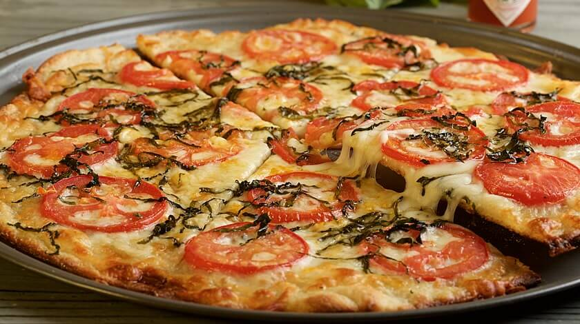 Plum Tomato Basil Pizza
