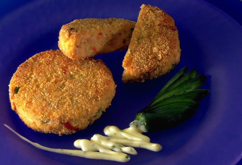 Salmon Cakes with Jalapeño Mayonnaise