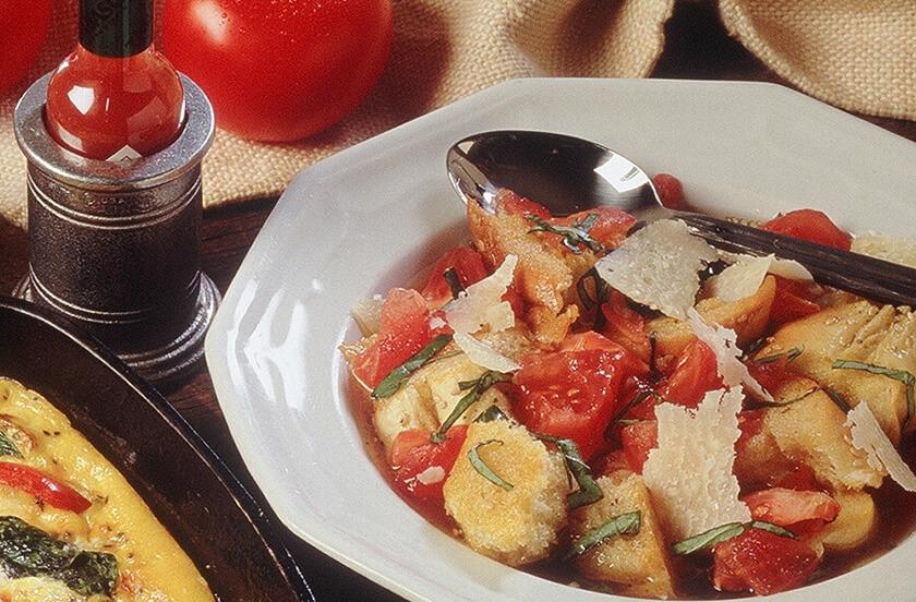 Pappa Al Pomodoro (Basil and Tomato Bread Soup)