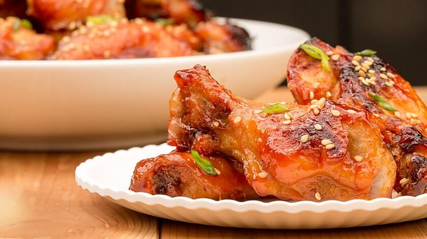 Sriracha Honey-Glazed Wings